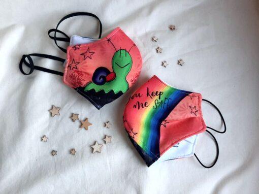Mascarillas de colores de sara&BUGS
